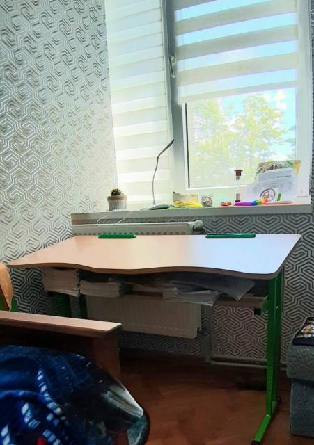 Парта учнівська + стілець (стан ідеальний)