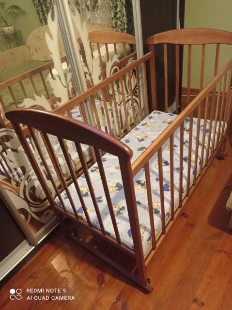 Продам ліжечко дитяче з матрацом