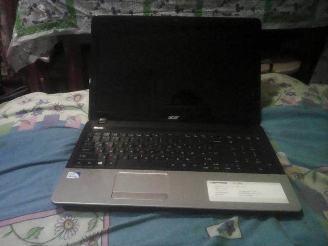 Продам ноутбук робочий.