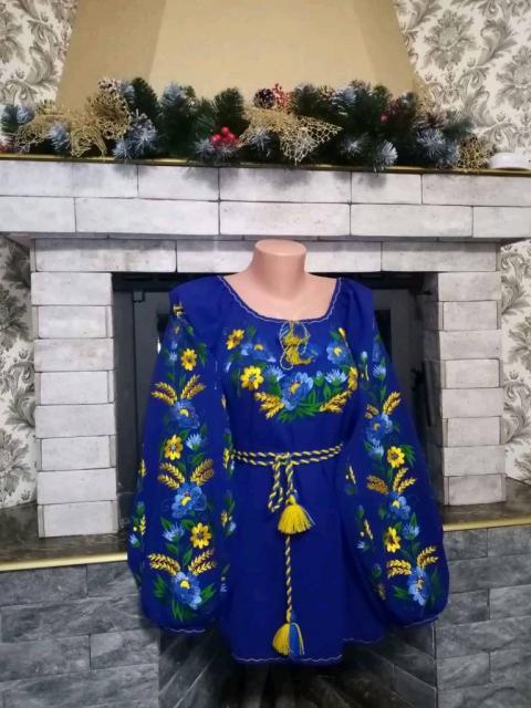 Продам вышиванку женскую ручная вышивка